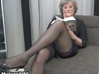 Mature housewife in sexy black stockings part5