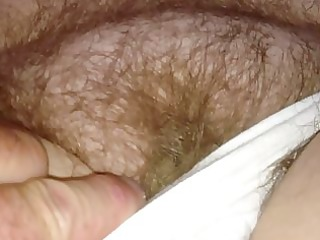 with wifes hairy pussy,she pulls a creamy load