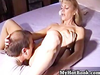 nicole moore is a aged house wife with lengthy