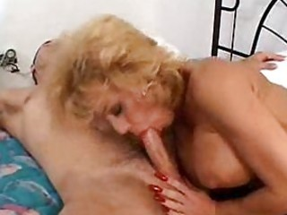 impure mother i sammie sparks squeezes a thick