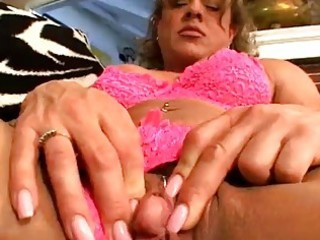 mature lalin girl fingers her muff for us