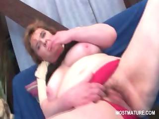 naughty aged tramp fucking her slutty muff with