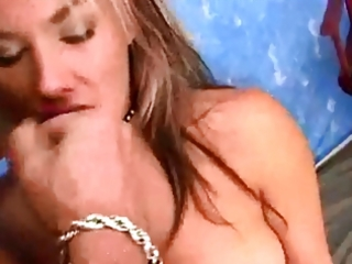 beautiful milf oral-service and facial