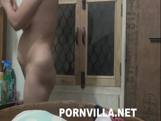 indian pregnent wifes face massage