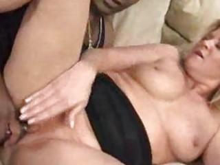 black stuffing a milf pussy