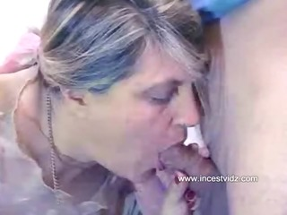 wet mommy gets unfathomable into all the cracks