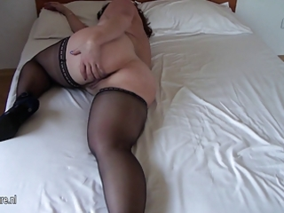 breasty non-professional old mom getting wet on