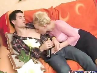 russian horny aunty seducing cousin