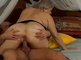 mad old mom gets jizz flow sex