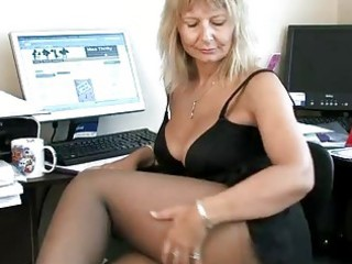 secretary housewife fingering her older pussy