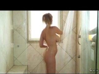d like to fuck star julia ann in shower rub down