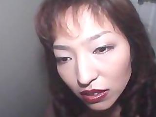 avmost.com older amateur hottie opens her face