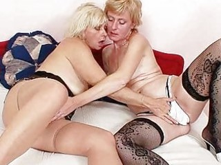 blonde milfs giving a kiss licking and vibrator