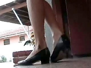 bellecita - shoeplay, dipping