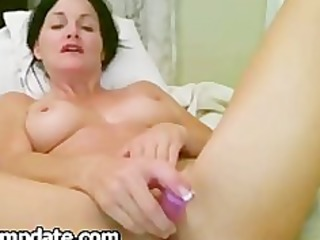 gorgeous d like to fuck toying her slutty cunt