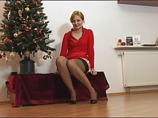 d like to fuck in stockings bending over