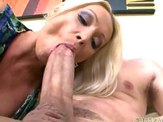 sexy euro mom wamts threesome large american