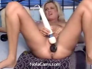 Dirty MILF Mom Horny Amateur Live Sex Webcam