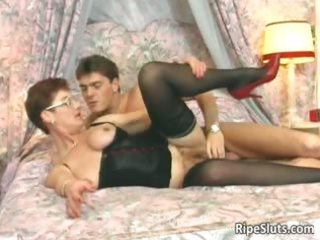 excited mature redhead acquires that hairy part7
