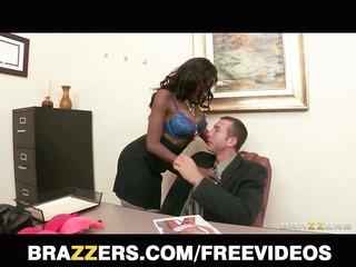 swarthy bra model diamond jackson shows her boss