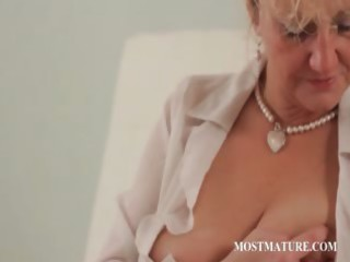 close-up with mature working nipples